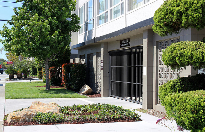 Colegrove Apartments In San Mateo Studios One Two Bedrooms Culligan Management